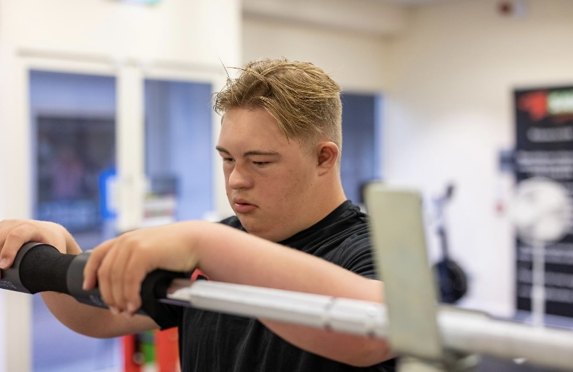 WELSH TEEN WITH DOWN'S SYNDROME BACK TO POWERLIFTING AFTER TOUGH LOCKDOWN